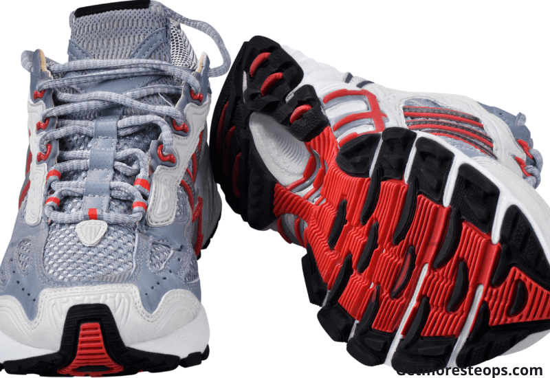How to check the construction on the walking shoes