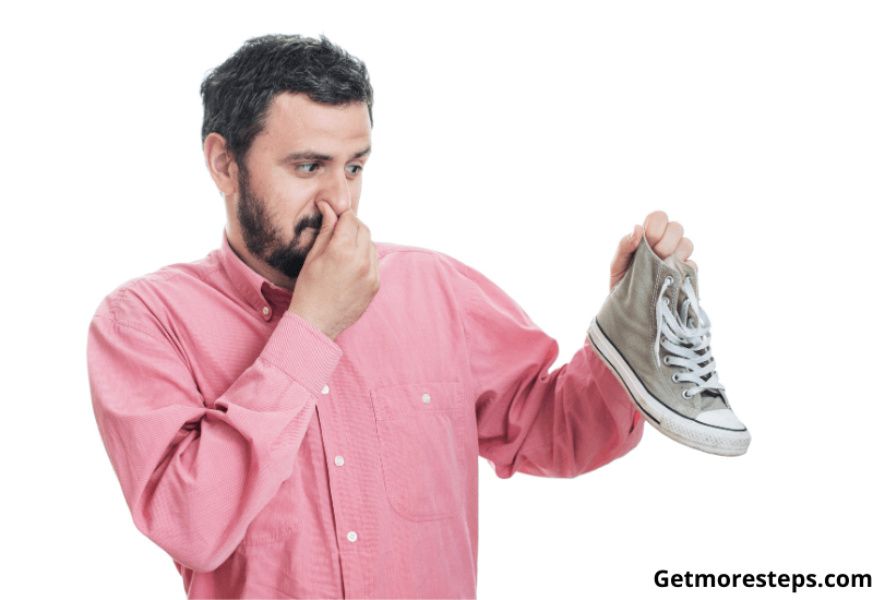 How to get rid of the smell of the shoes